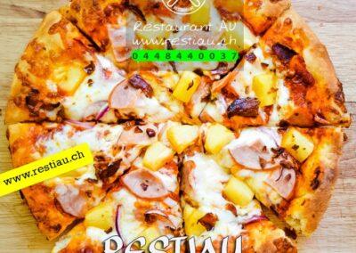 zur au restaurant | pizza Hawaii