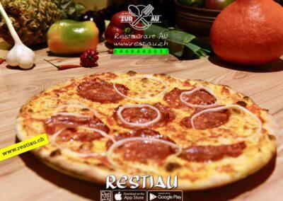 zur au restaurant | pizza Calabrese